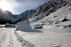 Montagna nell'inverno Fotografie Stock Libere da Diritti