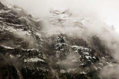 Montagna nella foschia Fotografia Stock Libera da Diritti
