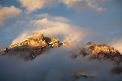Montagna nella penombra Fotografia Stock