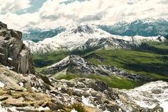 Montagna nelle montagne delle alpi con neve Immagine Stock Libera da Diritti