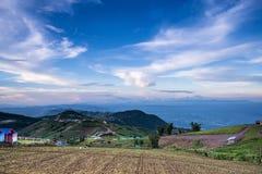 Montagna, paesino di montagna, rapa dell'azienda agricola del parco Fotografia Stock Libera da Diritti