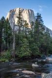 Montagna in parco nazionale di Yosemite, Stati Uniti di EL Capitan Fotografia Stock