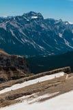 Montagna Ridge fra le montagne sterili nelle alpi italiane delle dolomia Fotografie Stock