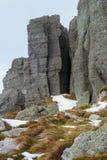 Montagna rocciosa in autunno fotografia stock libera da diritti