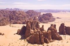 Montagna rocciosa in? deserto immagine stock libera da diritti