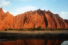 Montagna rossa della roccia Fotografie Stock Libere da Diritti