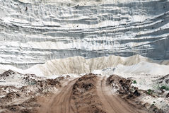 Montagna sabbiosa dalla sabbia bianca immagine stock