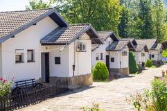 Montagna santa dell'hotel nel villaggio di Oreshak, Bulgaria Fotografia Stock
