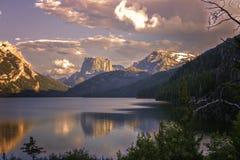 Montagna superiore quadrata e lago più basso green River immagine stock