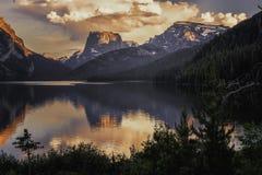 Montagna superiore quadrata e lago più basso green River fotografia stock libera da diritti