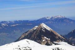 Montagna svizzera delle alpi della Svizzera della montagna di Pilatus e di Stanserhorn Immagine Stock