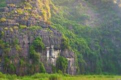 Montagna tropicale, Vietnam immagini stock