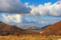 montagna variopinta di paesaggio Alpi di Dinaric, Bosnia-Erzegovina Immagine Stock