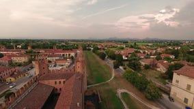 Montagnana, Italia - 24 de agosto de 2018: Vista panorámica de la fortaleza de la ciudad de la torre metrajes