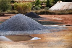 Montagne aggregate in Alicante, Spagna della costruzione variopinta immagini stock