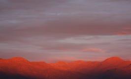 Montagne al tramonto Immagini Stock Libere da Diritti