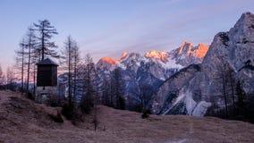 Montagne alla luce di tramonto Fotografia Stock
