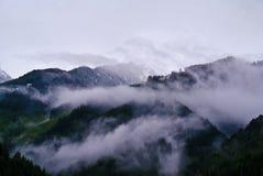 Montagne alle alpi di Zillertaler Immagini Stock