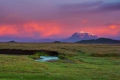 Montagne au coucher du soleil photo libre de droits