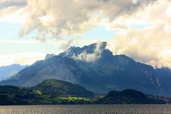 Montagne au-dessus d'Interlachen Image stock