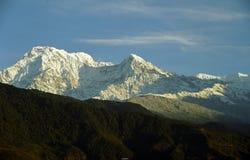 Montagne au soleil Photos libres de droits