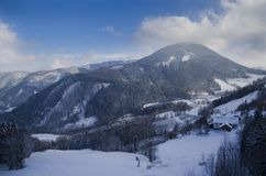 Montagne austriache nell'inverno Immagini Stock Libere da Diritti