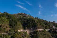 Montagne avec la formation de nuage Photo stock
