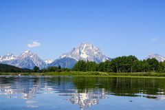 Montagne avec la réflexion au parc national grand de Teton Photo stock