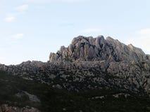 Montagne avec le coucher du soleil Images stock