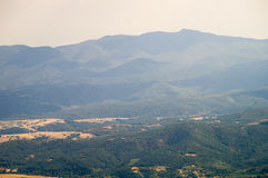 Montagne blu e foreste verdi in Bulgaria Fotografie Stock Libere da Diritti