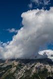Montagne canadesi, nuvole Fotografia Stock