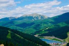 Montagne carpatiche, Bukovel immagini stock