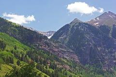 Montagne che circondano tellururo, Colorado di estate Fotografie Stock
