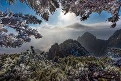 Montagne Cina di giallo di Huangshan immagine stock
