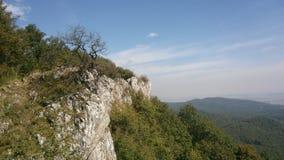 Montagne con cielo blu in Slovacchia ad ovest fotografia stock