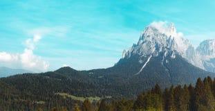Montagne con neve, paesaggio, alpi Fotografie Stock Libere da Diritti