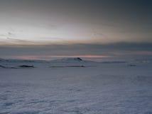Montagne coperte di ghiaccio in isola occidentale del nord Fotografia Stock Libera da Diritti