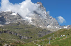 Montagne d'été photo stock