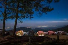 Montagne d'angkhang de Doi de vue de nuit Image stock