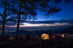 Montagne d'angkhang de Doi de vue de nuit Images libres de droits