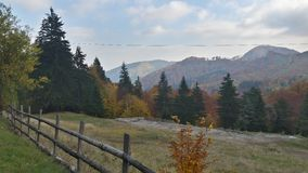 Montagne d'automne de la Roumanie Image stock