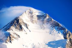 Montagne d'Everest de crête de montagne la plus haute au monde P national Photographie stock libre de droits