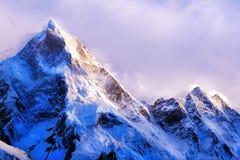 Montagne d'Everest de crête de montagne la plus haute au monde Parc national, Népal Photographie stock