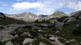 Montagne d'horizontal photos stock