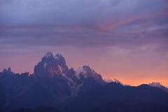 Montagne d'Ushba au lever de soleil Photo libre de droits
