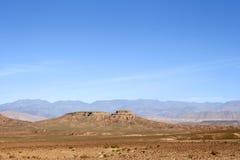 Montagne dans le désert photo stock