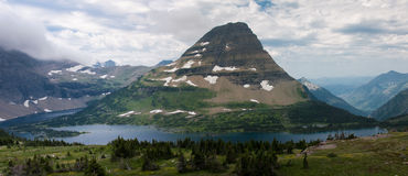 Montagne de Bearhat et lac caché image libre de droits