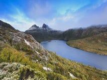 Montagne de berceau de la Tasmanie 01 hausses Images stock