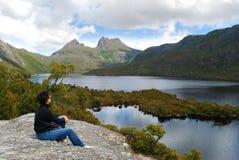 Montagne de berceau en Tasmanie images libres de droits