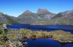 Montagne de berceau en Tasmanie, Australie Photos stock